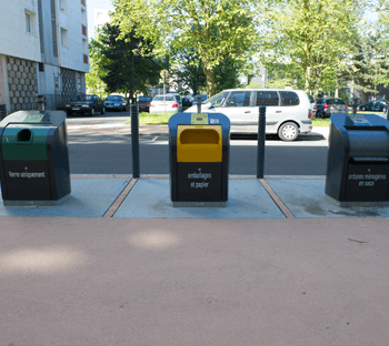 Photo de poubelles de tri