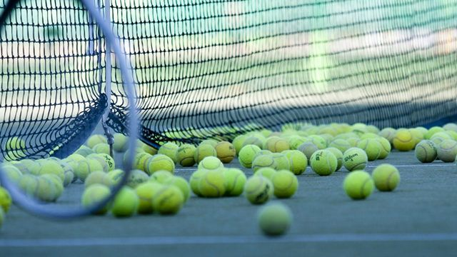 Fermeture du terrain de tennis couvert