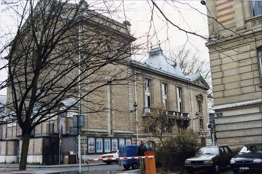 Salle Benjamin et le théâtre 1995