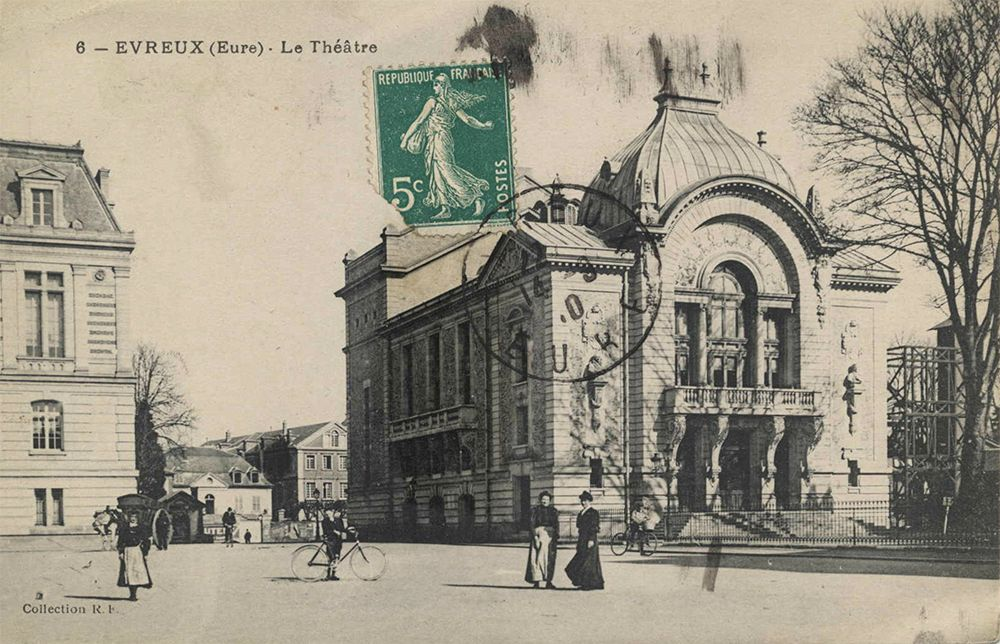 Théâtre en 1910