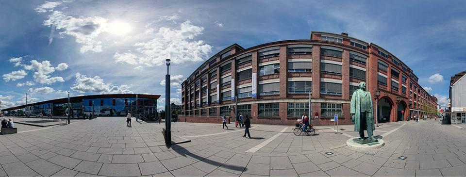 vue panoramique de la gare et de l'usine Opel