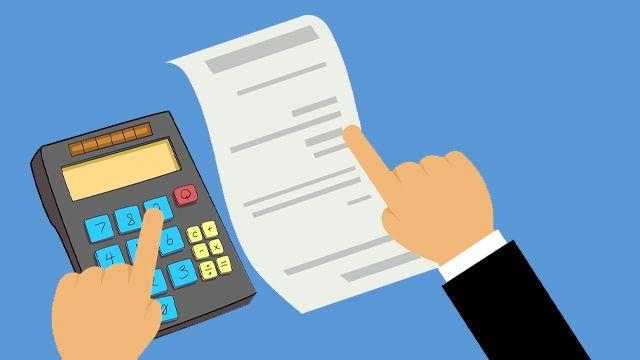 facture calculatrice main